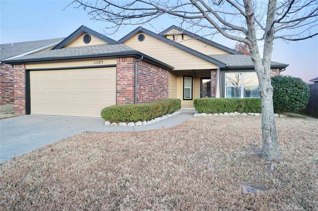 11105 N 143rd East Avenue, Owasso, OK 74055 (MLS #1941153) :: Hopper Group at RE/MAX Results