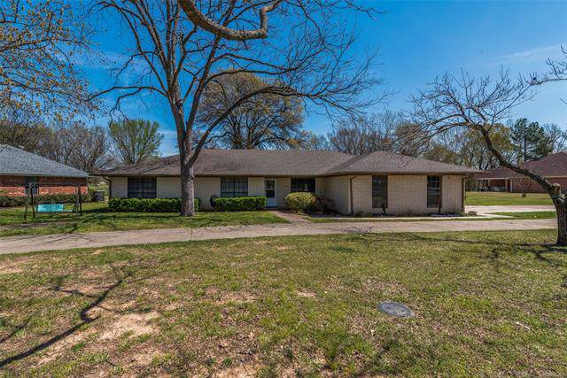 5020 Kimber Drive, Durant, OK 74701 (MLS #1941154) :: Hopper Group at RE/MAX Results