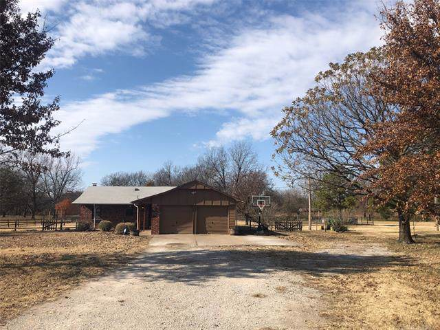 9308 N 163rd East Avenue, Owasso, OK 74055 (MLS #1941255) :: Hopper Group at RE/MAX Results