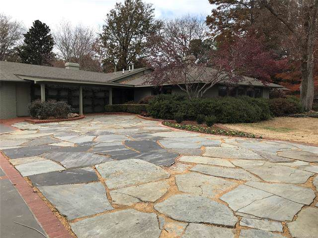 2707 N Country Club Road, Muskogee, OK 74403 (MLS #1941269) :: Hopper Group at RE/MAX Results