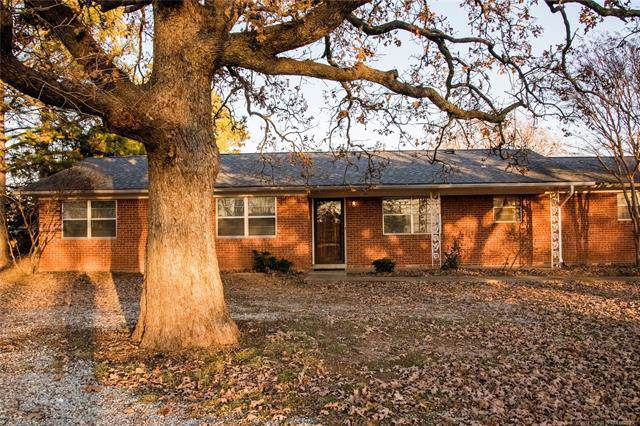 310 S New Bethel Boulevard, Ada, OK 74820 (MLS #1941467) :: Hopper Group at RE/MAX Results