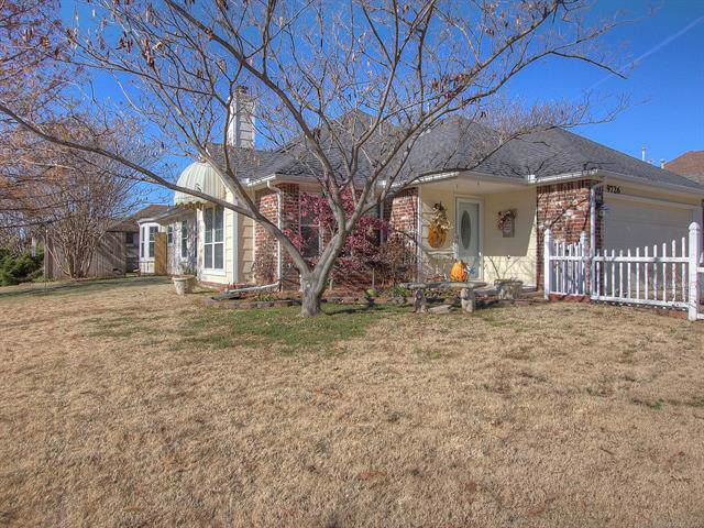 9726 S 94th East Avenue, Tulsa, OK 74133 (MLS #1941477) :: Hopper Group at RE/MAX Results