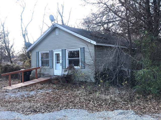 419 W 8th Street, Claremore, OK 74017 (MLS #1941558) :: 918HomeTeam - KW Realty Preferred