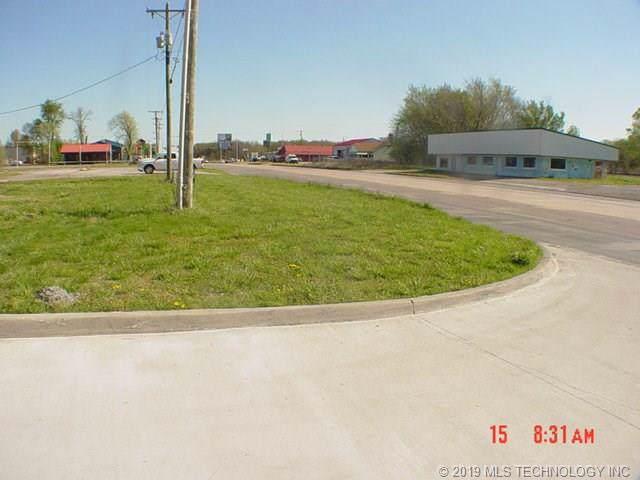 305 S Mayes Street, Adair, OK 74330 (MLS #1941973) :: 918HomeTeam - KW Realty Preferred
