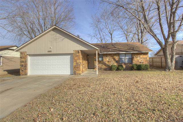 207 S Avenue H Street, Collinsville, OK 74021 (MLS #1942551) :: Hopper Group at RE/MAX Results