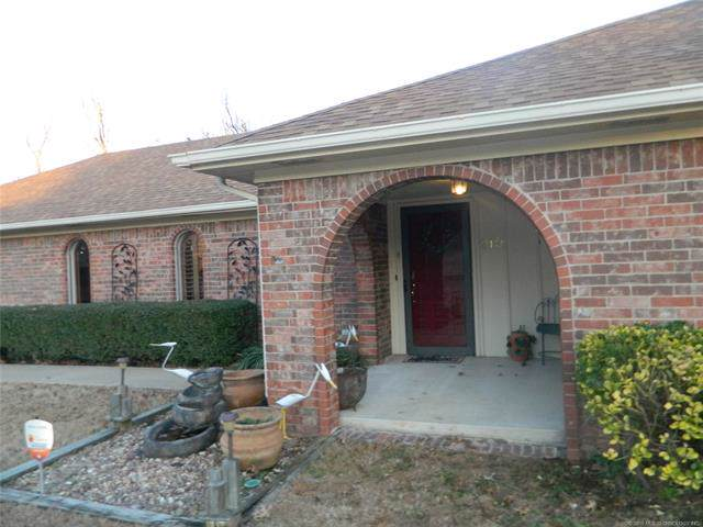 210 N Anthony Street, Muskogee, OK 74403 (MLS #1942853) :: Hopper Group at RE/MAX Results