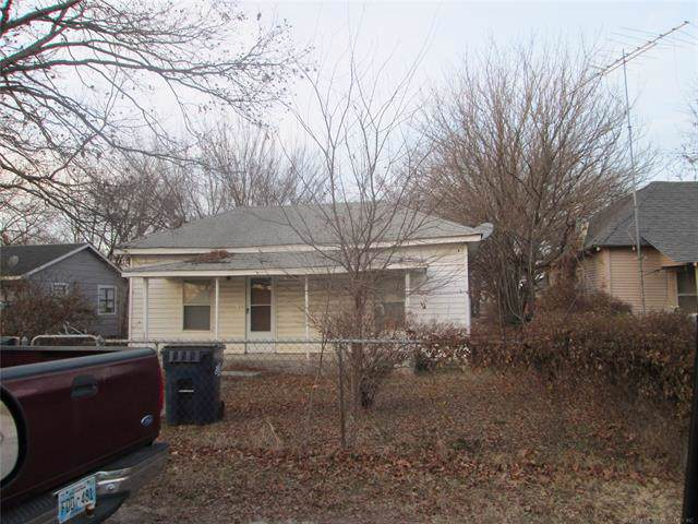 1006 W 13th Street, Ada, OK 74820 (MLS #1942943) :: Hopper Group at RE/MAX Results