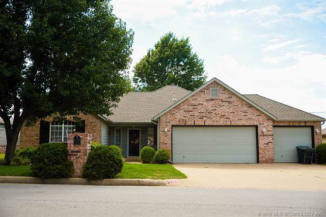 5114 Greenan Drive, Sand Springs, OK 74063 (MLS #1942955) :: Hopper Group at RE/MAX Results