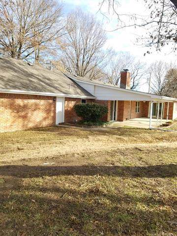 1336 E 36th Street, Okmulgee, OK 74447 (MLS #1942976) :: Hopper Group at RE/MAX Results