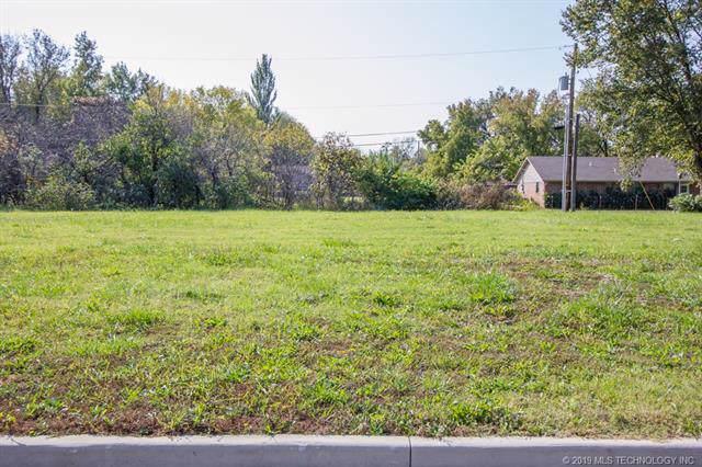 414 W 7th Street, Dewey, OK 74029 (MLS #1943535) :: Active Real Estate