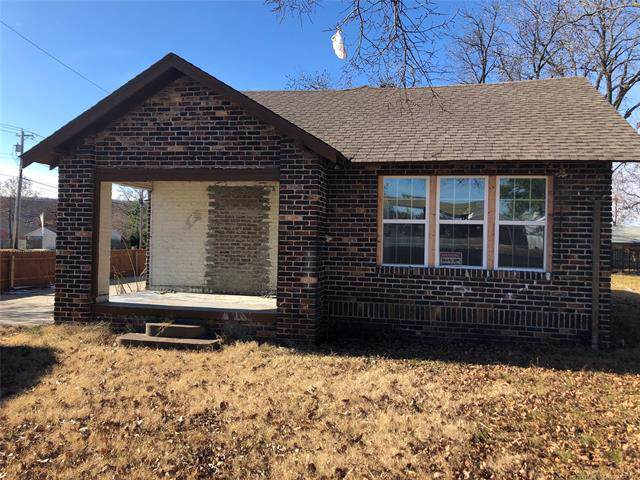 6044 S Newport Avenue, Tulsa, OK 74105 (MLS #1943664) :: Hopper Group at RE/MAX Results