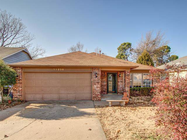 11236 S Mulberry Lane, Jenks, OK 74037 (MLS #1943699) :: Hopper Group at RE/MAX Results