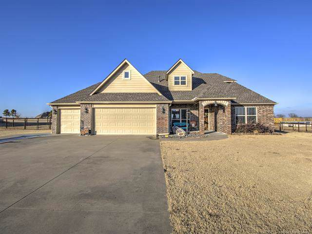 4917 Breeze Drive, Oologah, OK 74053 (MLS #1943984) :: Hopper Group at RE/MAX Results