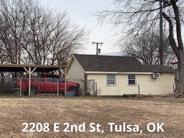 2208 E 2nd Street, Tulsa, OK 74104 (MLS #1944331) :: Hopper Group at RE/MAX Results