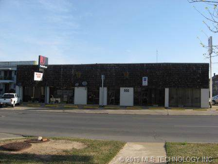 800 Okmulgee Street - Photo 1