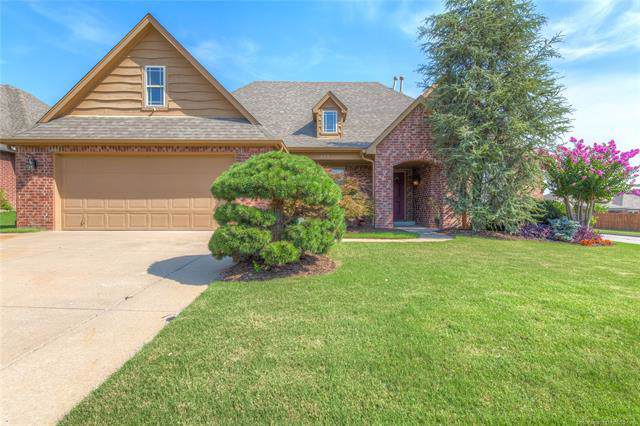 885 W 150th Street S, Glenpool, OK 74033 (MLS #2000818) :: 918HomeTeam - KW Realty Preferred