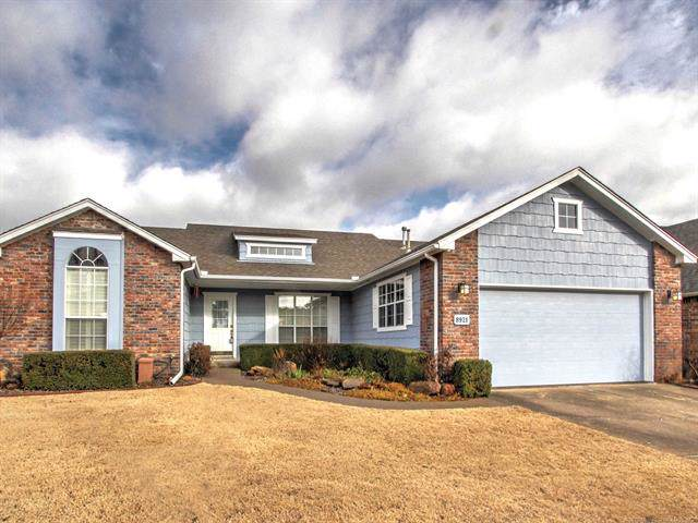 8921 E 62nd Court, Tulsa, OK 74133 (MLS #2001556) :: Hopper Group at RE/MAX Results