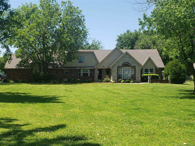 1240 S 101st East Avenue, Tulsa, OK 74128 (MLS #2002005) :: Hopper Group at RE/MAX Results