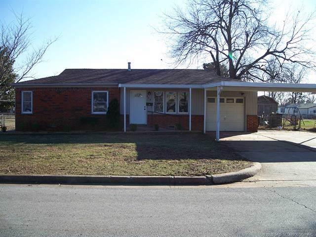 408 W 45th Street, Sand Springs, OK 74063 (MLS #2002396) :: 918HomeTeam - KW Realty Preferred