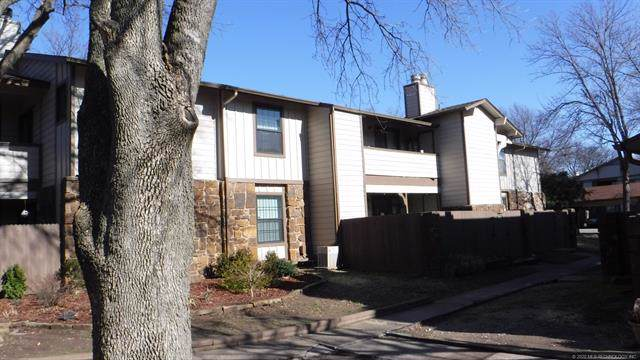 6376 S 80th East Avenue F, Tulsa, OK 74133 (MLS #2003243) :: 918HomeTeam - KW Realty Preferred