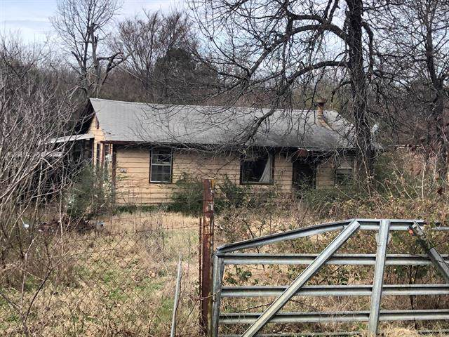218 County Line Road E, Eufaula, OK 74432 (MLS #2003942) :: 918HomeTeam - KW Realty Preferred
