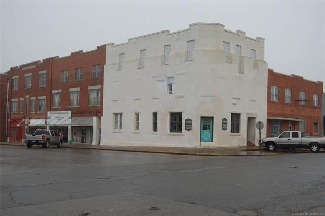 403 W Trudgeon Street, Henryetta, OK 74437 (MLS #2004069) :: 580 Realty