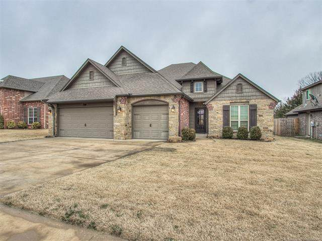 1914 Mesa Avenue, Bartlesville, OK 74006 (MLS #2004787) :: Hopper Group at RE/MAX Results
