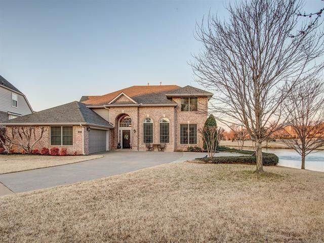 117 E 122nd Place, Jenks, OK 74037 (MLS #2005206) :: Hopper Group at RE/MAX Results