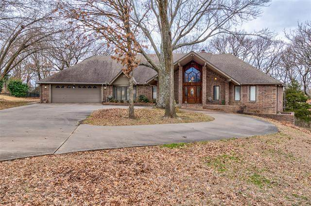 788 Brookhollow Lane, Bartlesville, OK 74006 (MLS #2005526) :: Hopper Group at RE/MAX Results