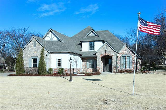 7025 Hidden Acre Trail, Owasso, OK 74055 (MLS #2005529) :: Hopper Group at RE/MAX Results