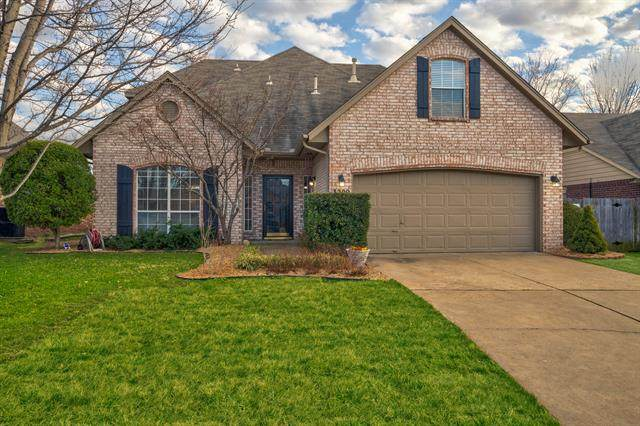 3209 W Freeport Street, Broken Arrow, OK 74012 (MLS #2005668) :: 918HomeTeam - KW Realty Preferred