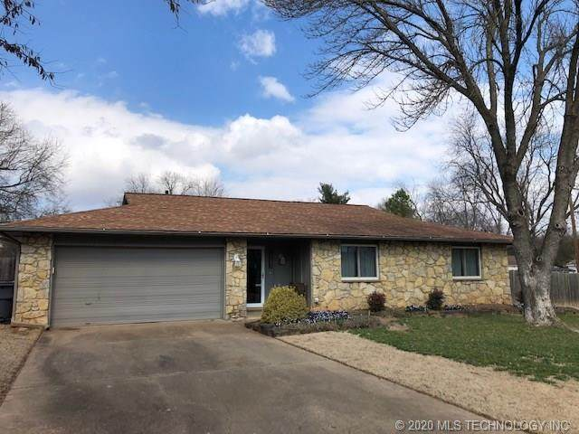 8223 E 118th Street S, Bixby, OK 74008 (MLS #2005743) :: Hopper Group at RE/MAX Results