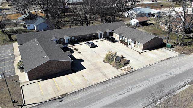 105 S 8th Street, Davis, OK 73030 (MLS #2006017) :: 918HomeTeam - KW Realty Preferred