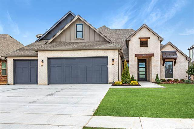 3807 W Tucson Place, Broken Arrow, OK 74011 (MLS #2006298) :: Hopper Group at RE/MAX Results