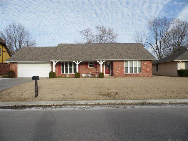 6415 S 86th East Avenue, Tulsa, OK 74133 (MLS #2006441) :: 918HomeTeam - KW Realty Preferred