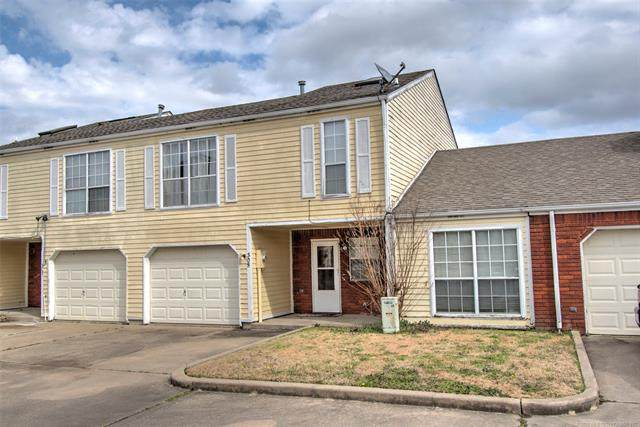 305 S 38th Street #305, Muskogee, OK 74401 (MLS #2006928) :: Hopper Group at RE/MAX Results