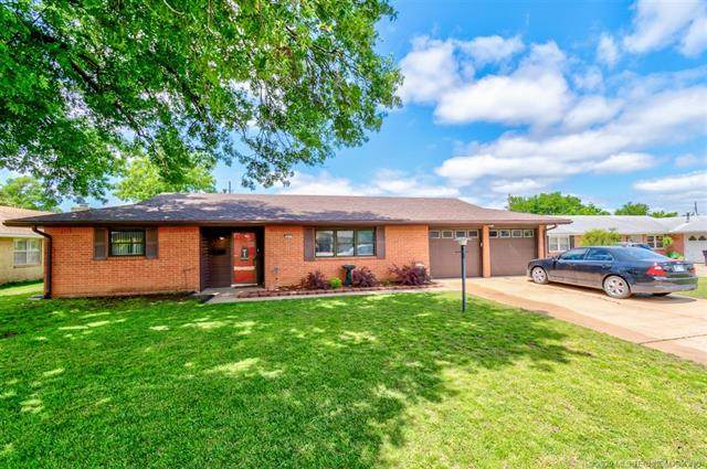 801 Crown Drive, Bartlesville, OK 74006 (MLS #2007330) :: Hopper Group at RE/MAX Results