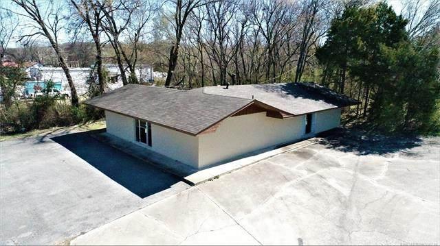 416 E Main Street A & B, Locust Grove, OK 74352 (MLS #2008010) :: 918HomeTeam - KW Realty Preferred