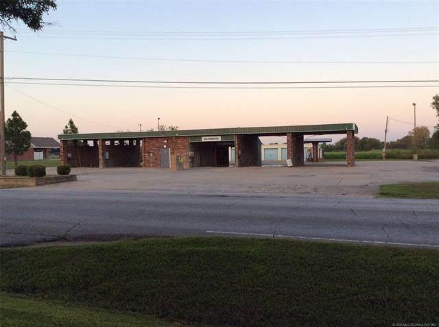 1921 S Elliott Street, Pryor, OK 74361 (MLS #2008037) :: 918HomeTeam - KW Realty Preferred
