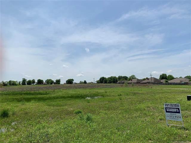 Ohio Court, Bartlesville, OK 74006 (MLS #2008417) :: 580 Realty