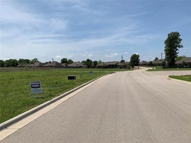 Ohio Court, Bartlesville, OK 74006 (MLS #2008424) :: 580 Realty