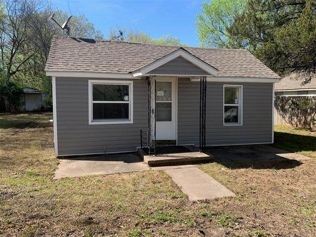 1027 S D Street, Muskogee, OK 74403 (MLS #2011914) :: Hopper Group at RE/MAX Results