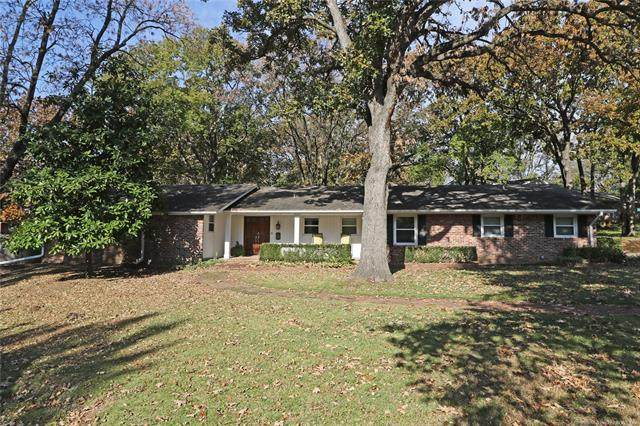 2133 SE Starlight Court, Bartlesville, OK 74006 (MLS #2012036) :: Hopper Group at RE/MAX Results