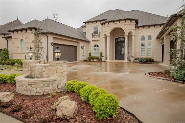 7911 S Frisco Avenue, Tulsa, OK 74132 (MLS #2012171) :: Hopper Group at RE/MAX Results