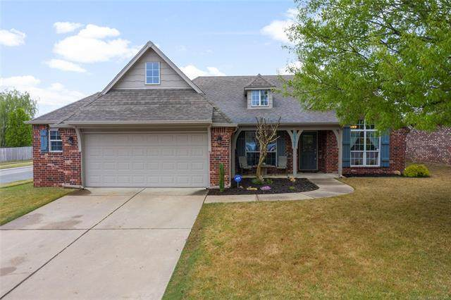 20507 E 46th Street, Broken Arrow, OK 74014 (MLS #2012620) :: Hopper Group at RE/MAX Results