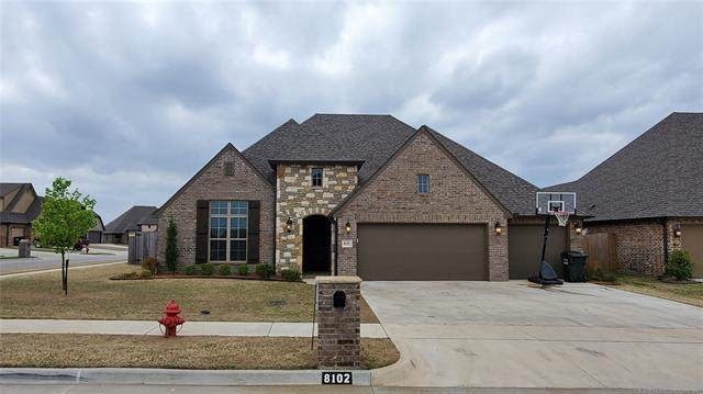 8102 N 75th East Avenue, Owasso, OK 74055 (MLS #2012699) :: RE/MAX T-town