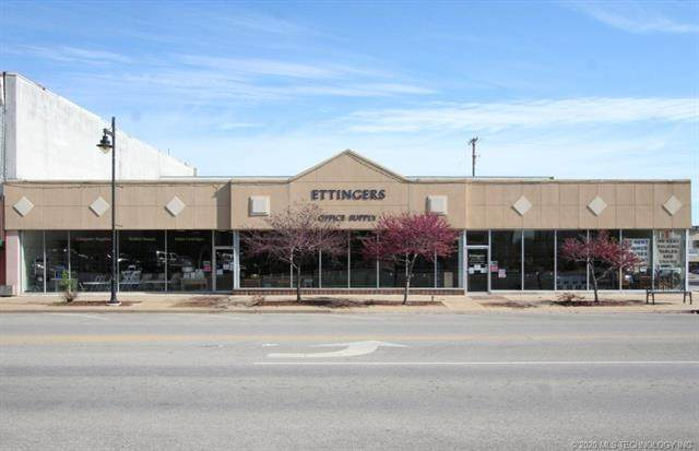 124 Frank Phillips Boulevard - Photo 1