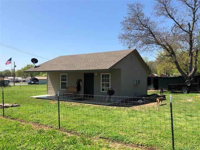 241 Parkway Street, Disney, OK 74340 (MLS #2013203) :: Active Real Estate