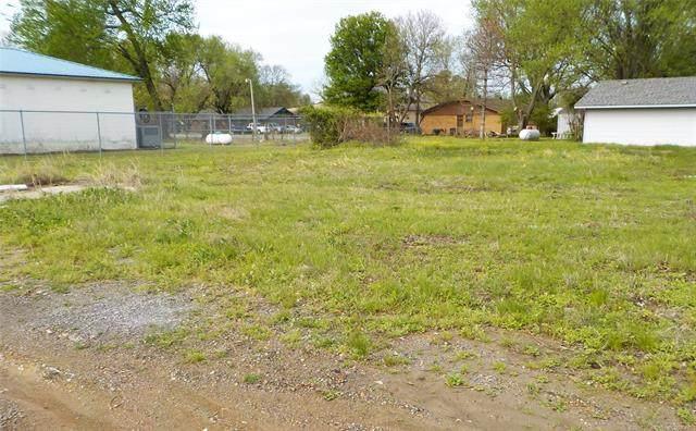 S Will Penn Street, Adair, OK 74330 (MLS #2013451) :: Active Real Estate