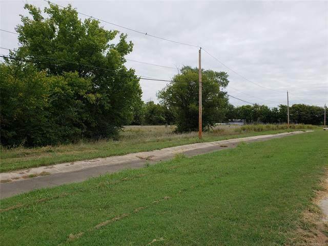 E Graham Avenue, Pryor, OK 74361 (MLS #2014173) :: 918HomeTeam - KW Realty Preferred